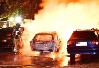 Plaga podpaleń samochodów w Sztokholmie