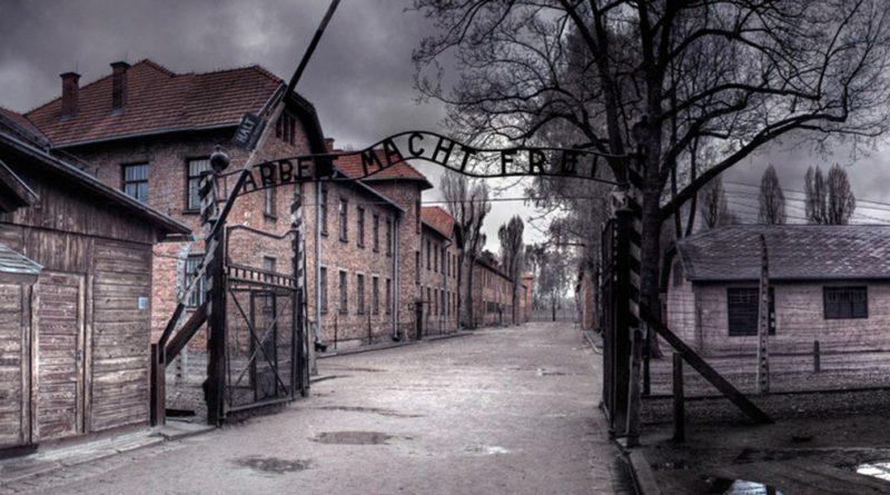 Jutro wyrok za znieważenie Auschwitz.