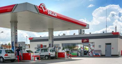 PKN Orlen wykupuje akcje Unipetrolu