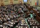 PiS uzyskuje 61% mandatów w Sejmie? Nowy sondaż!