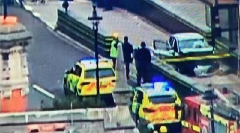 Mamy zdjęcie kierowcy, który wjechał w barierki w Londynie