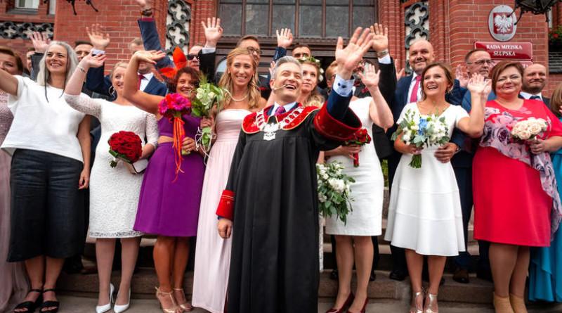 Słupszczanie ponieśli koszta za śluby udzielane przez Biedronia