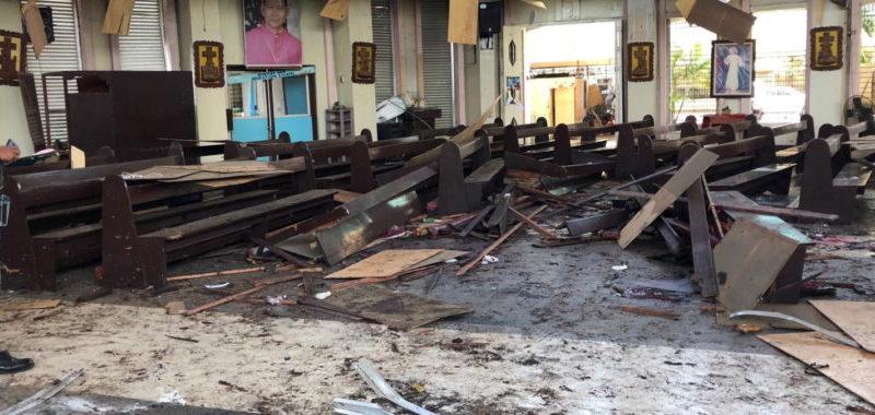 zamach bombowy Jolo