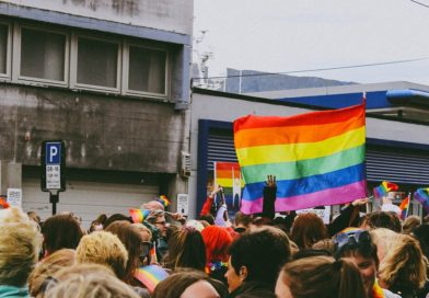 Ohyda! Menadżer sztokholmskiej parady równości próbował umówić się z 14-latkiem!