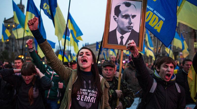 Piotr Korzeniowski: Dylematy współczesnej narracji historycznej nowej ekipy politycznej Ukrainy