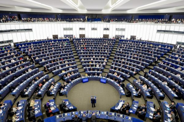 Młodzież Wszechpolska chce by prokuratura zajęła się polskimi posłami popierającymi antypolską rezolucję