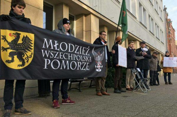 Odpowiedź gdańskiej prawicy i narodowców na antydemokratyczne zabiegi Pawła Adamowicza