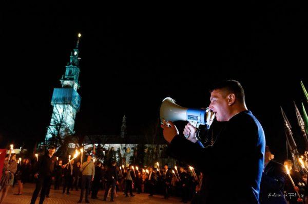 """Pielgrzymka Środowisk Narodowych: """"polski katolik musi być nacjonalistą"""""""