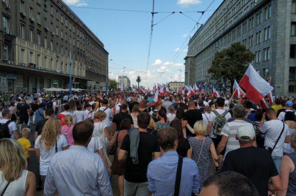 Skandal! Bezprawnie rozwiązano Marsz Powstania Warszawskiego!