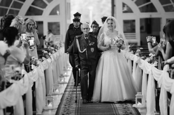 Wnuczka mjr Karwowskiego zdradziła, co dziadek wyszeptał jej do ucha podczas ślubu