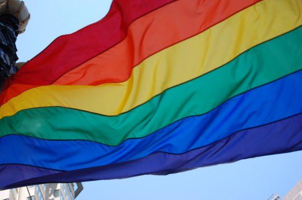 Aktywiści LGBT próbowali wtargnąć do świątyni w Świdnicy i zakłócić Mszę świętą – Zatrzymał ich komendant policji