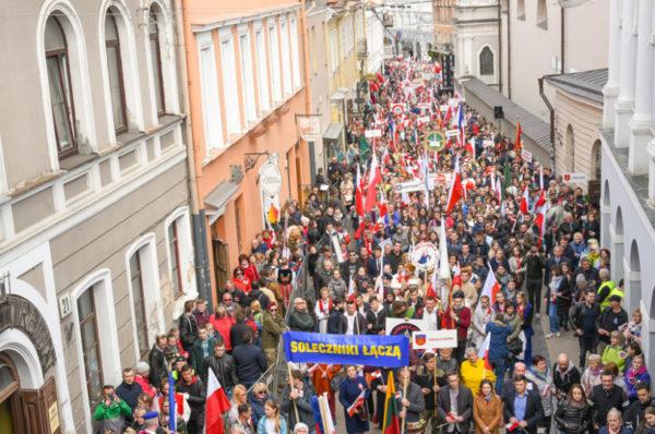 Litwa: Ulicami Wilna przeszła kolejna Parada Polskości
