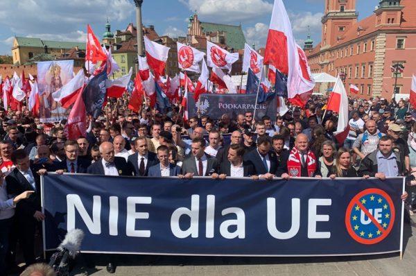 Marsz Suwerenności przeszedł ulicami Warszawy