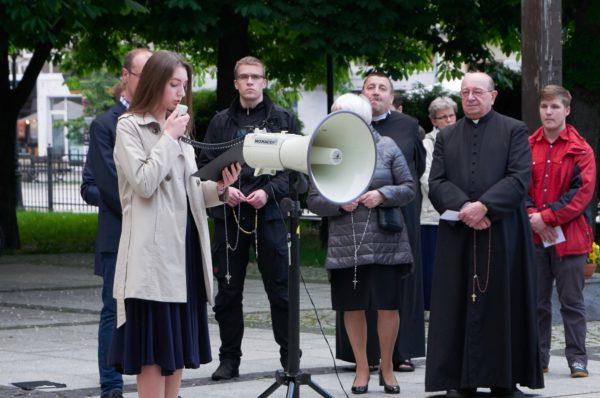 Radom: Publiczny Różaniec w intencji Ojczyzny w przeddzień rocznicy śmierci rtm. Witolda Pileckiego