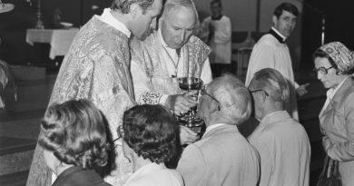 """Karol Kilijanek: Polemika z tekstem """"Bractwo św. Piusa X, czyli rzecz o nieposłuszeństwie Kościołowi"""" Adama Leszczyńskiego"""