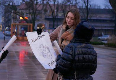 Kocham Polskę w sejmie i całej Polsce! Coroczna akcja walentynkowa Młodzieży Wszechpolskiej