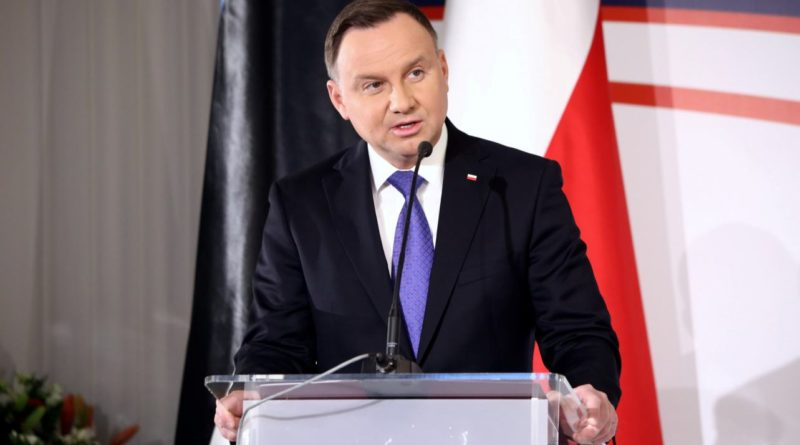 Prezydent Duda poważnie rozważył by popisanie ustawy o związkach partnerskich