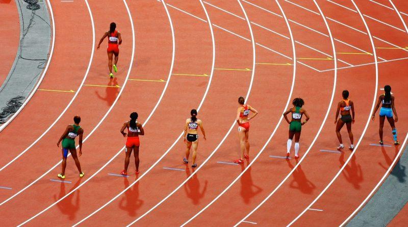 """Lekkoatletki sprzeciwiają się udziałowi w zawodach transpłciowych """"zawodniczek"""""""