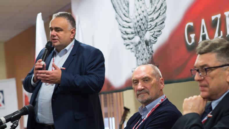 """Sakiewicz: """"Nie zagłosuje na Dudę!"""" Zagłosuje na Bosaka?"""