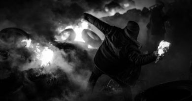 Adam Szabelak: Rewolta przeciw współczesnemu światu