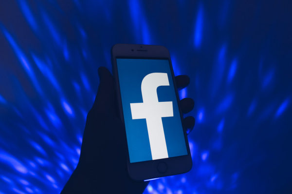 Nowa Rada Nadzorcza Facebooka, czyli skrajna lewica i działacze islamscy
