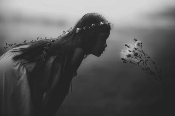 Zuzanna Okulska-Bożek: Jak być kobiecą we współczesnym świecie?
