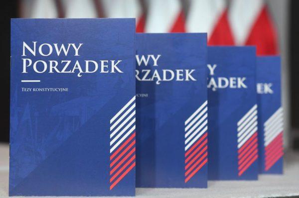"""""""Nowy Porządek"""" – jakie zmiany konstytucyjne proponuje Krzysztof Bosak?"""