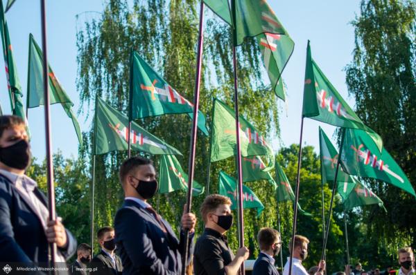 Marsz Zwycięstwa w 100-lecie Bitwy Warszawskiej [+FOTO]