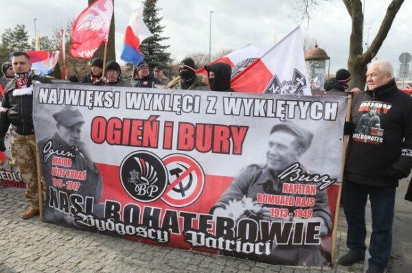 Usiłowali zablokować Marsz Pamięci Żołnierzy Wyklętych. Sąd ich uniewinnił
