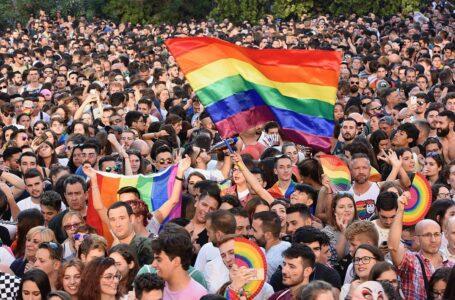 """Sąd Najwyższy odrzucił skargę Komitetu """"Stop LGBT"""". Zbiórka podpisów odbędzie się ponownie"""